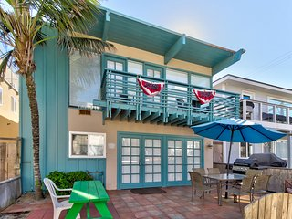 Entire duplex home w/ ocean view balcony & patio - steps to beach/Belmont Park!