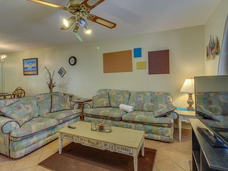 Close to the beach, pools, tennis, & more. Small dogs welcome!