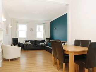 Lovely modern flat in Clapham Junction, just 10 mins to Central London