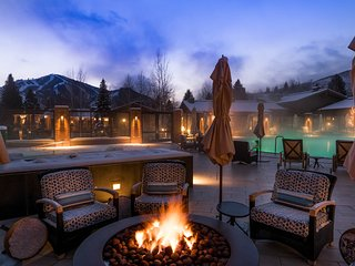 Close to Sun Valley Resort w/ access pass to resort amenities - pool & hot tub