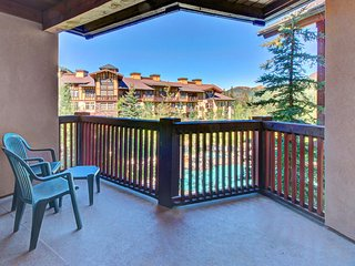 Spacious ski-in/out condo! Includes shared hot tub, pool + Club Solitude access!