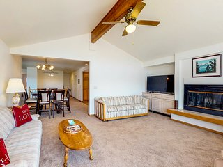 Lakeview, right on the Tahoe Keys, w/ a shared pool & hot tubs!