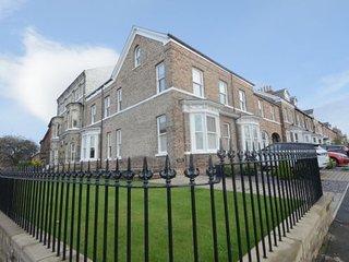 Bluebridge Court - Stylish city centre apartment
