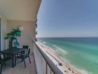 Oceanfront getaway w/ stunning views, shared pools & hot tubs, tennis, and more!