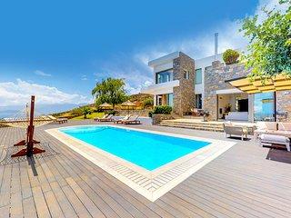 Villa Elounda White