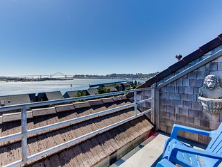 Dog-friendly bayfront condo w/ shared pool & hot tub, private deck & great views
