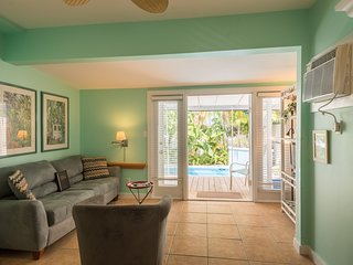 Cute, updated Key West home w/ private pool - close to Duval Street, dogs ok!