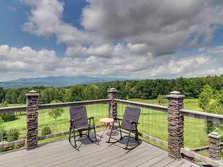 Spacious kid-friendly home w/ private hot tub, huge deck, & mtn views