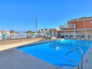 NEW! Well-furnished, waterfront studio w/ pools! Great for couples! 1 dog ok!