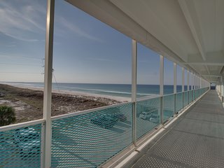 Bright, beachfront studio w/ Gulf views, a shared pool, & great beach access!