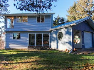 NEW LISTING! Charming house in quiet location, across road from beach access