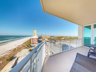 Stunning oceanfront condo w/shared pool, hot tub, sauna, & sweeping water views