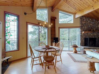 Spacious Lake-View Home w/ a Jetted Tub in a Quiet Location