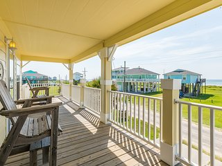 Dog-friendly oceanview home with free WiFi and front deck!