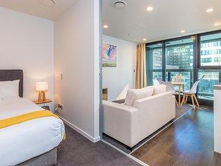 Star Park Serviced Apartments - Studio with Balcony #7