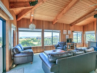 NEW LISTING! Oceanview home w/deck & shared pool, saunas, tennis and hot tub