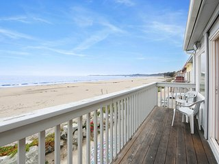 NEW LISTING! Oceanfront home w/ balcony & access to Rio Del Mar State Beach