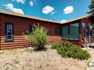 Rustic, dog-friendly cabin w/ kitchen, shared hot tub & ski access