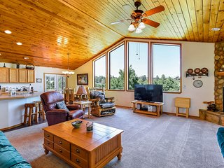 NEW LISTING! Spacious, dog-friendly rental w/ fireplace & deck - near town & ski