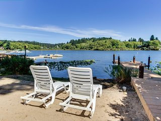 Dog-friendly lakefront townhome w/hot tub, shared dock, great views