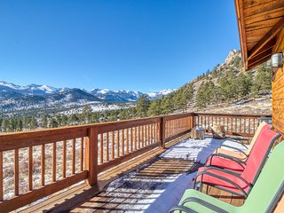 NEW LISTING! Spectacular Rocky Mountain views with a furnished deck & gas grill