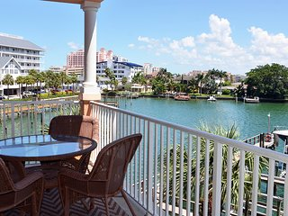 NEW LISTING! Bayfront condo w/balcony & shared pool/hot tub- 1/4 mile to beach