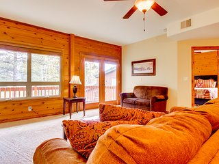 NEW LISTING! Dog-friendly condo w/shared hot tub -near town, skiing & state line
