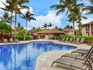 Breezy condo w/ lanai, shared pool, & hot tub - near golf & beach