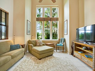 Spacious resort home with shared pool and hot tub near beach and golf courses!