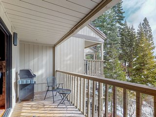 NEW LISTING! Cozy condo w/multiple balconies, fireplace & shared pool/hot tub