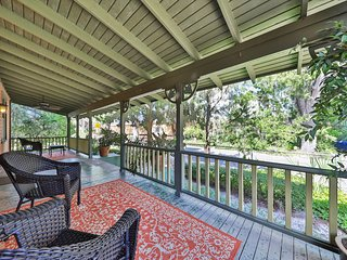 NEW LISTING! Historic bungalow w/ porch & yard-in heart of Saint Augustine
