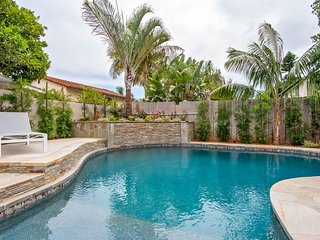 Beautiful home w/heated pool & hot tub, 1/2 mile to Carlsbad Lagoon