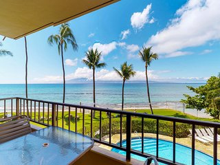 Oceanfront views & resort pools/hot tubs - perfect for a getaway!