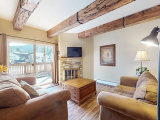 NEW LISTING! Mountain condo w/ shared pool, hot tub & sauna near downtown Frisco
