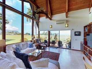 NEW LISTING! Newly remodeled house w/ ocean & mountain views - walk to beach