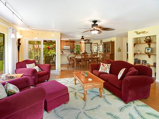 NEW LISTING! Family home w/lovely lanai, garden & grill-near golf & beaches