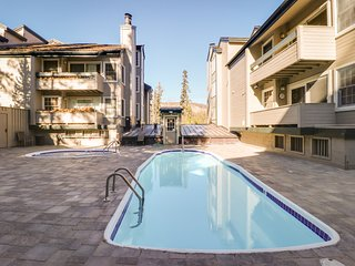 Cozy rental condo with a shared hot tub, sauna, and seasonal pool!