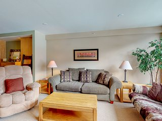 NEW LISTING! Ski view condo w/ shared pool/hot tub, 2 fireplaces - walk to lifts