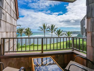 Oceanfront condo w/ shared pool, WiFi, full kitchen.