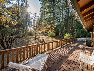 NEW LISTING! Comfy home in forested setting w/deck, year-round activities