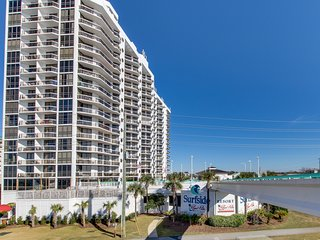 Updated Gulf view condo w/ resort pool, hot tub, gym & beach bar!
