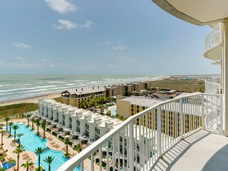 Breathtaking ocean view from the 11th floor w/ shared pool and hot tub