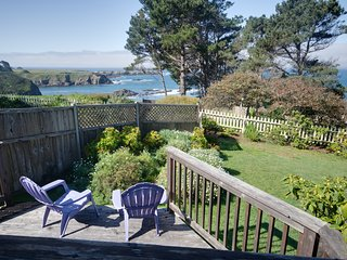 Oceanview Home w/ a Gas Fireplace, Front & Back Decks, & Free WiFi