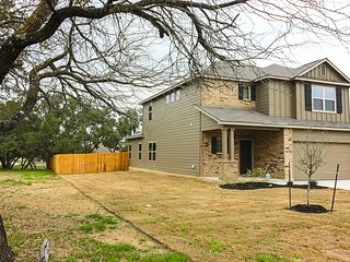 Brand-new family home, minutes from SeaWorld - ideal for Lackland AFB guests