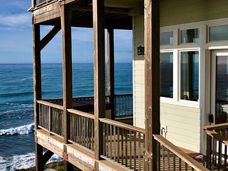 Incredible Ocean View guest house Oceanfront!