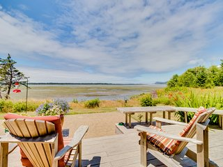 Dog-friendly, waterfront home on the Bay w/ a private sauna, & amazing views