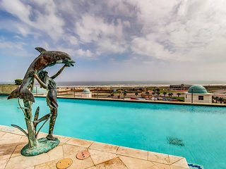 Waterfront suite with shared infinity pool, hot tub, private deck, & Gulf views
