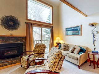 Lovely Elkhorn condo - ski in/ski out on Dollar w/ shared pool & hot tub!