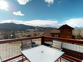 Beautiful home w/ deck & lovely mountain views - near lake & slopes!