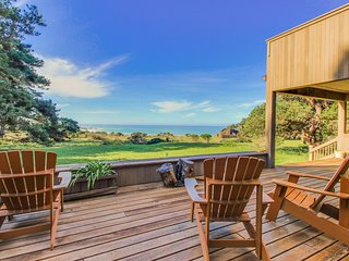 Beautiful oceanfront home with a private hot tub, bluff views & a shared pool!